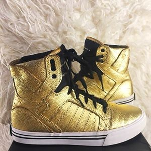 Gold Supra GOLD sneakers! Unisex! Very stylish 💛